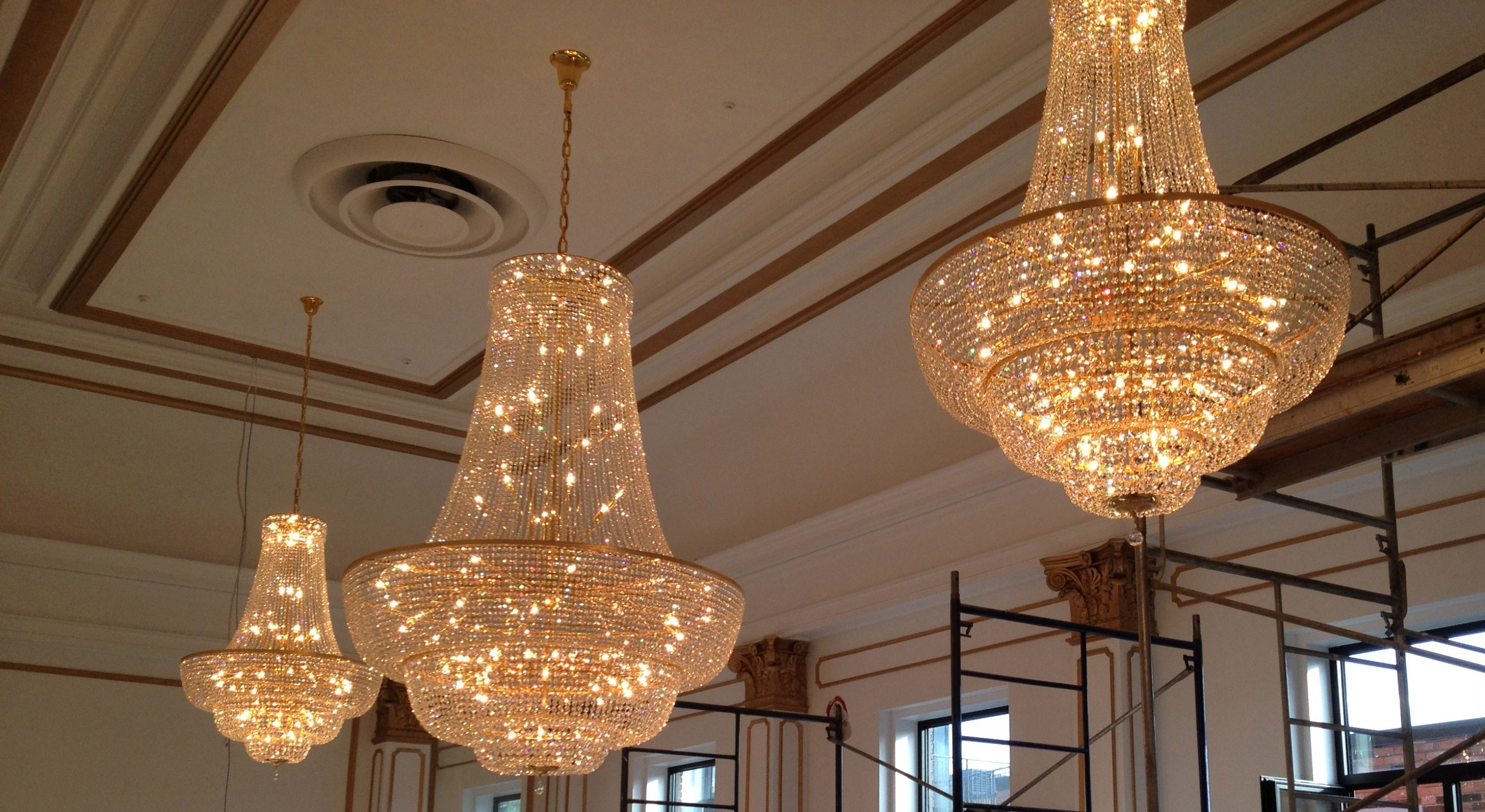 2019 Chandelier ~ 15 Ballroom Chandeliers (View 2 of 20)