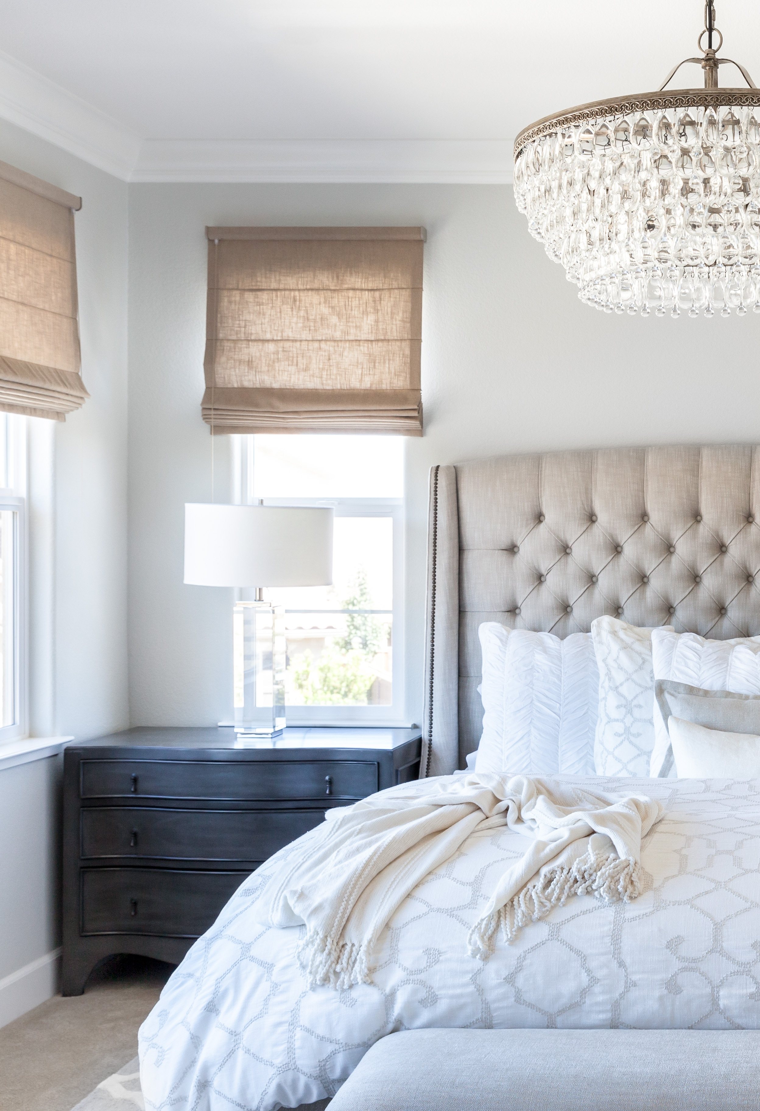 Best And Newest Bedroom Lamps For Nightstands – Houzz Design Ideas – Rogersville Intended For Chandelier Night Stand Lamps (View 20 of 20)