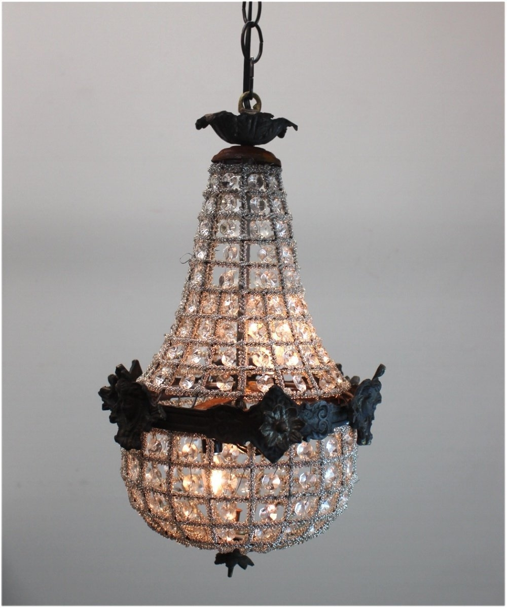 Best And Newest Egyptian Crystal Chandelier Within Antique Small Crystal Chandeliers Egyptian Crystal Chandelier Style (View 7 of 20)