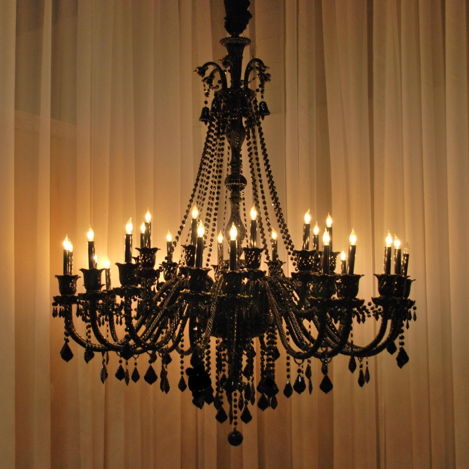 Big Chandeliers : Lamp World In Most Popular Big Chandeliers (View 2 of 20)