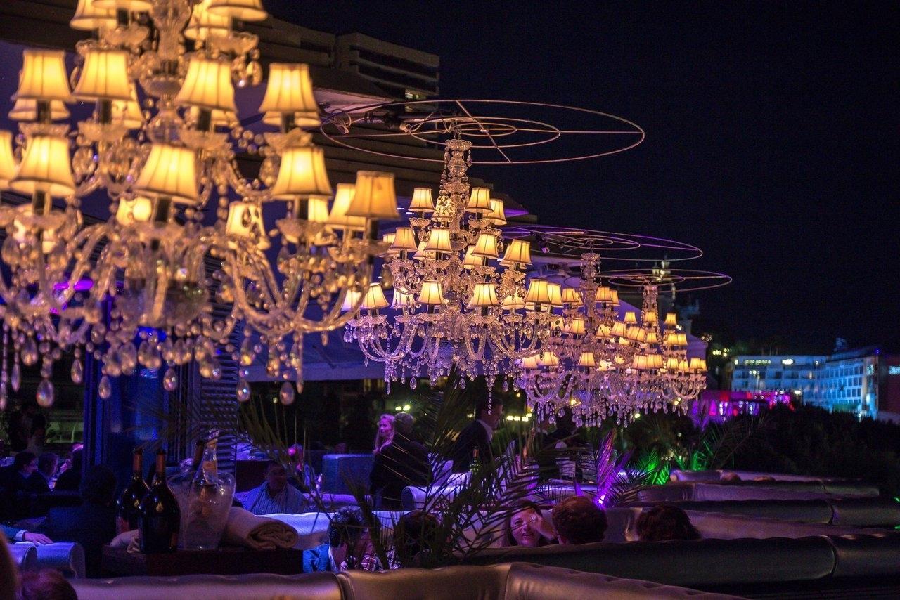 The best restaurant chandelier chandelier restaurant fancy chandelier restaurant amusing with regard to most current restaurant chandelier arubaitofo Gallery