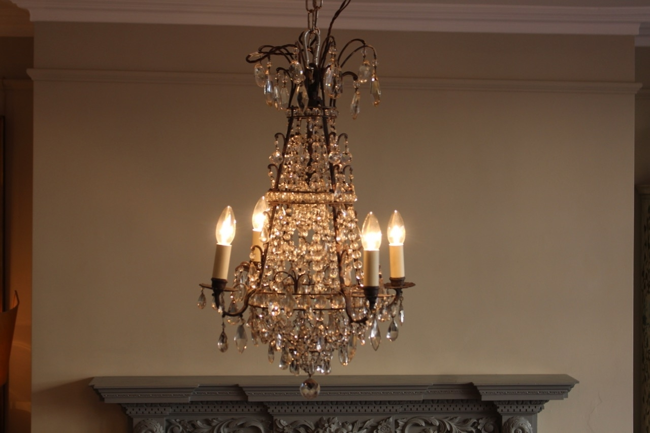 Early 20Th Century French Cut Glass Chandelier – Antique Mirrors Throughout 2019 French Glass Chandelier (View 5 of 20)