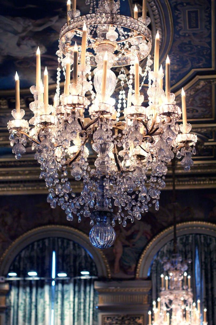 Huge Chandeliers In 2019 Huge Chandeliers Large For Sale Uk Modern Lighting – Thedwelling (View 7 of 20)