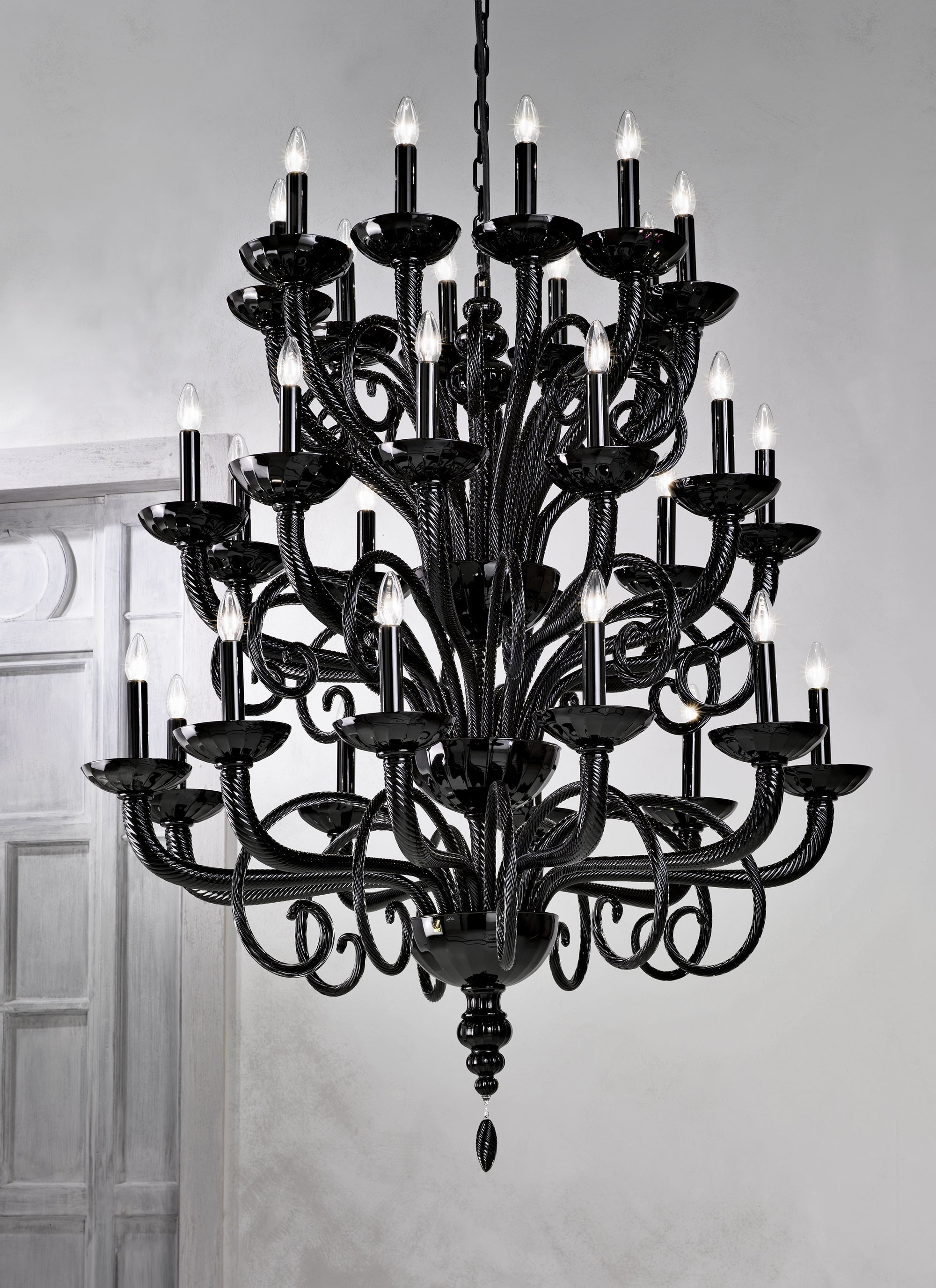 Large Black Chandelier Throughout Famous Large Traditional Black Grand Murano Chandelier L6011k30 – Murano (View 3 of 20)