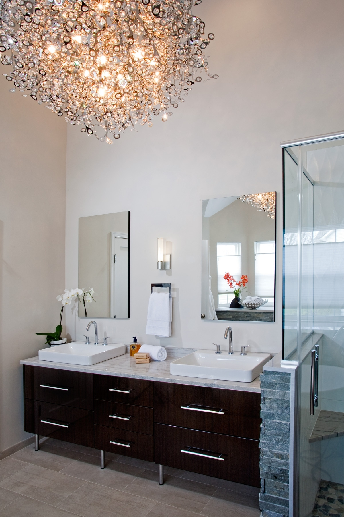 Latest Modern Bathrooms Designs And Remodeling (View 10 of 20)