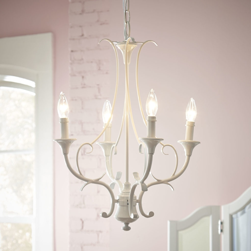 Modern White Chandelier With Regard To Fashionable Chandelier: Outstanding Chandeliers Home Depot Lowes Chandeliers (View 14 of 20)