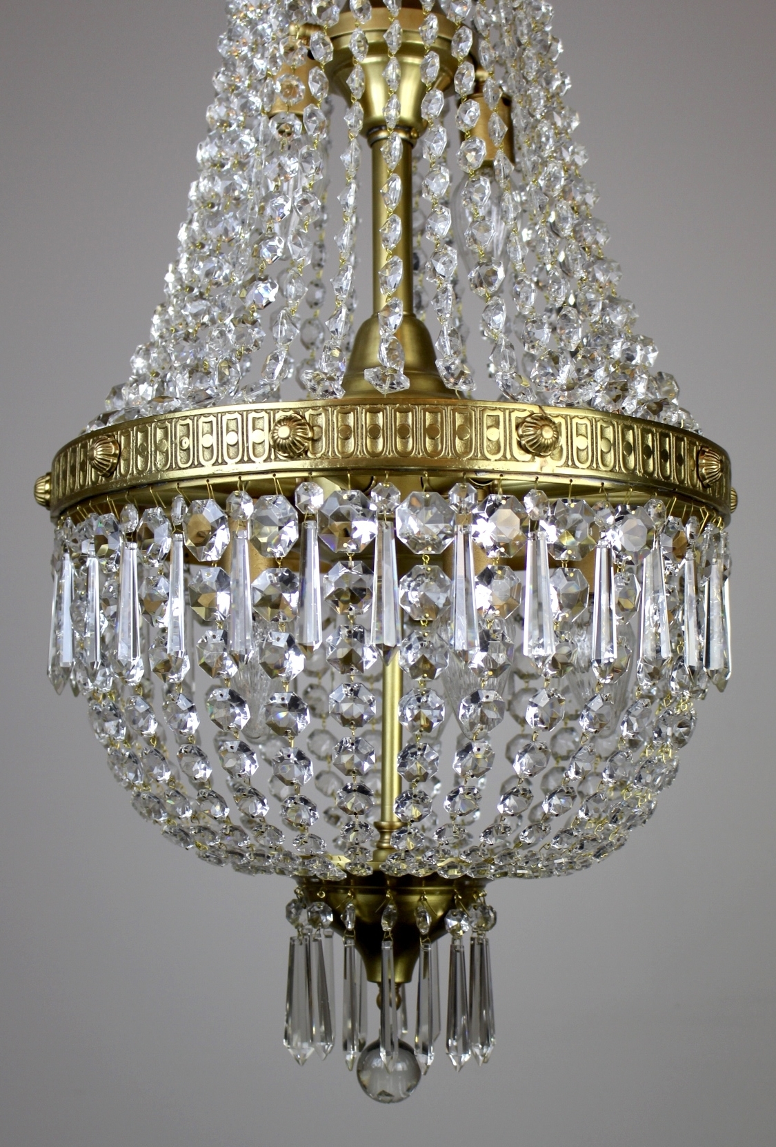 Most Recent Georgian Chandelier Pertaining To Georgian Styled Crystal Basket Fixture (View 15 of 20)