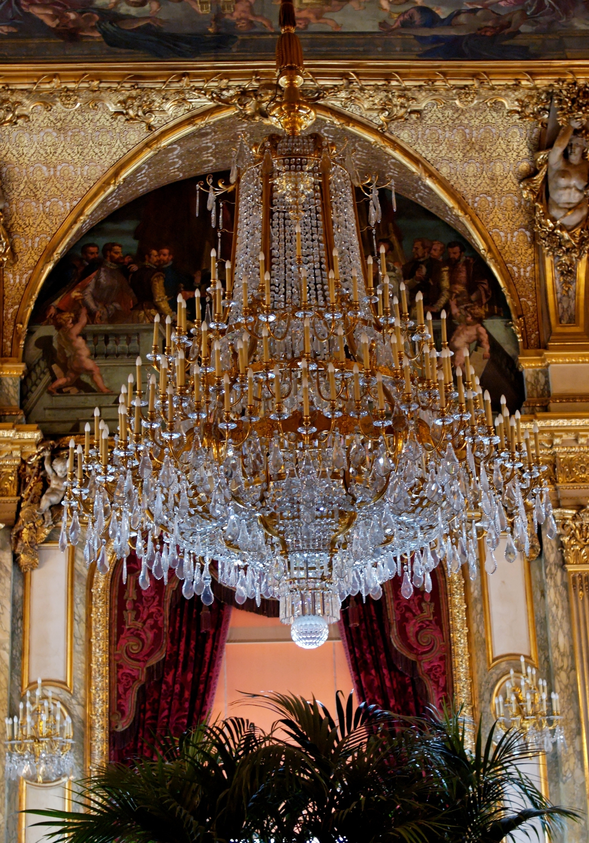 Most Up To Date Chandeliers : Big Chandelier Lovely Giant Huge Chandelier Intended For Massive Chandelier (View 4 of 20)