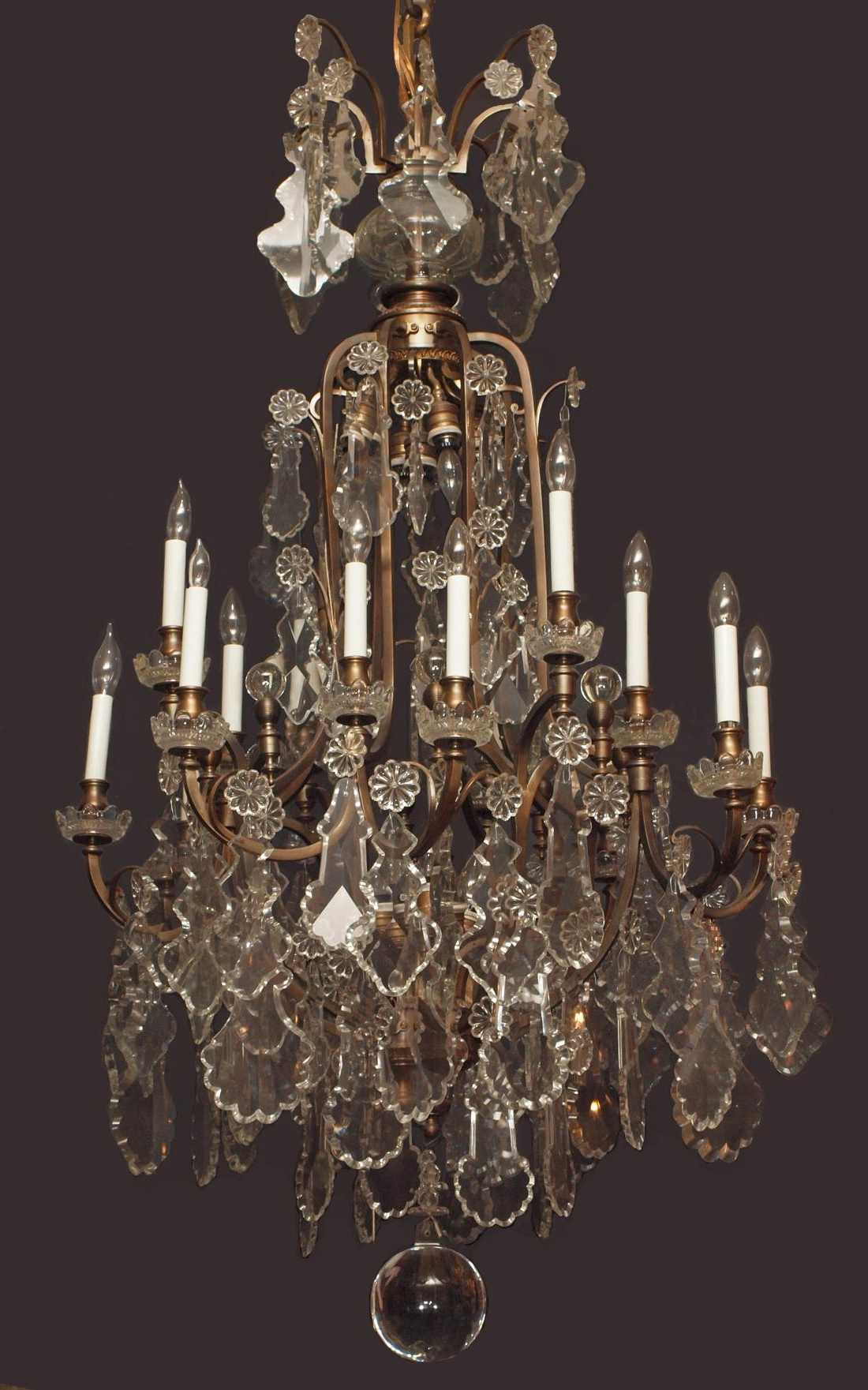 Newest Giant Chandeliers Pertaining To Giant Crystal Chandelier – Chandelier Designs (View 11 of 20)