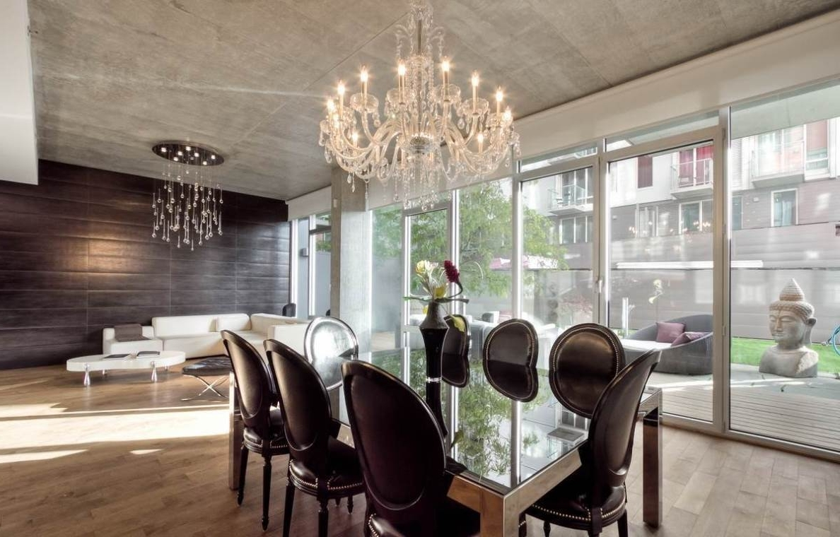 Newest Oversized Chandeliers Inside House : Contemporary Dining Room Design With Round Oversized (View 7 of 20)