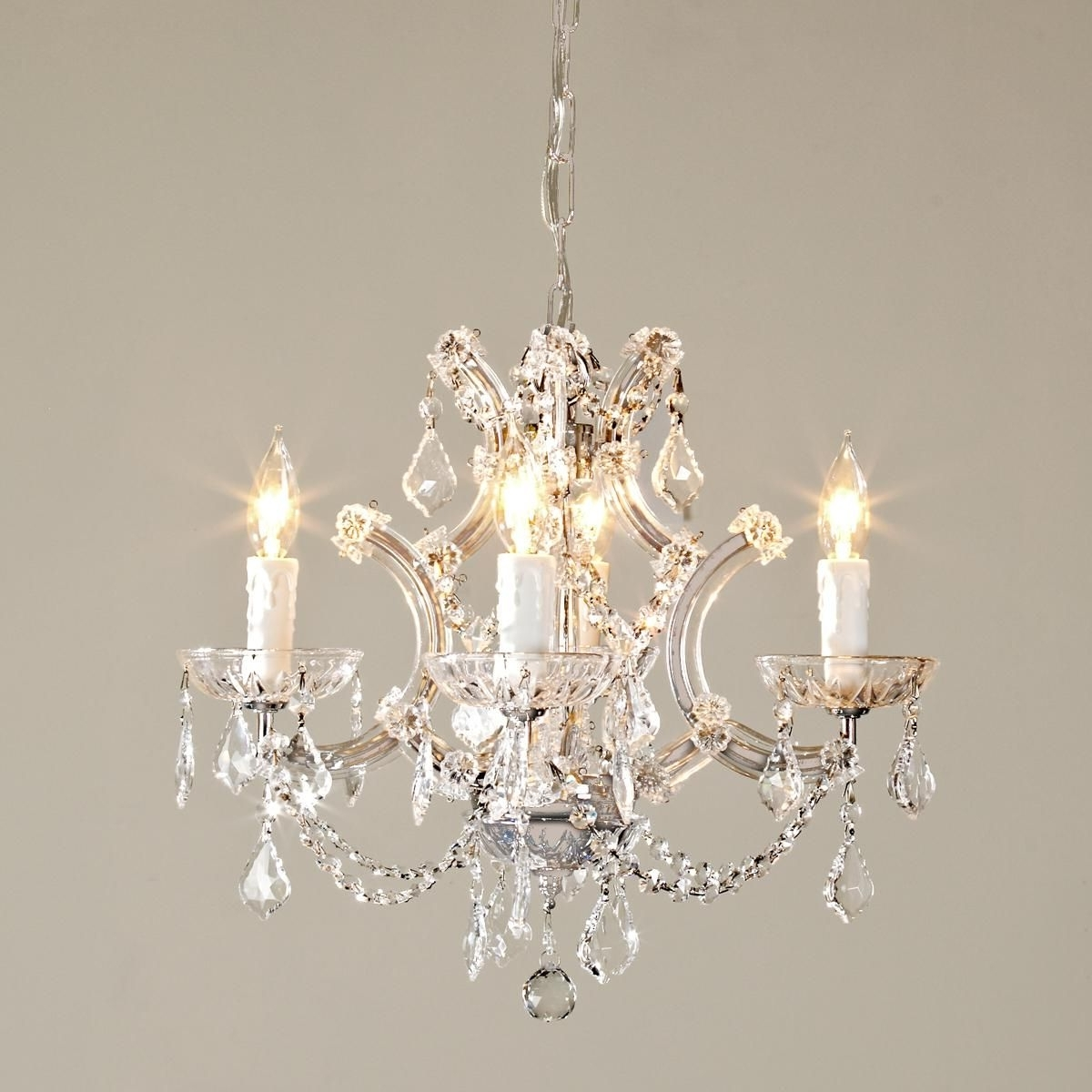 Newest Round Crystal Chandelier (View 16 of 20)