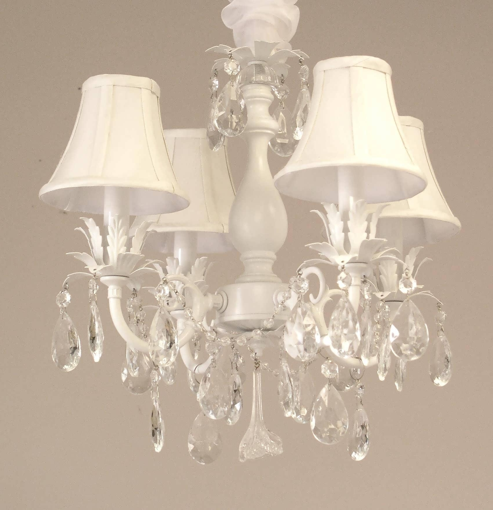 Newest Shabby Chic Chandeliers Inside Chandeliers : Shabby Chic Chandeliers Luxury Chandeliers Design (View 11 of 20)