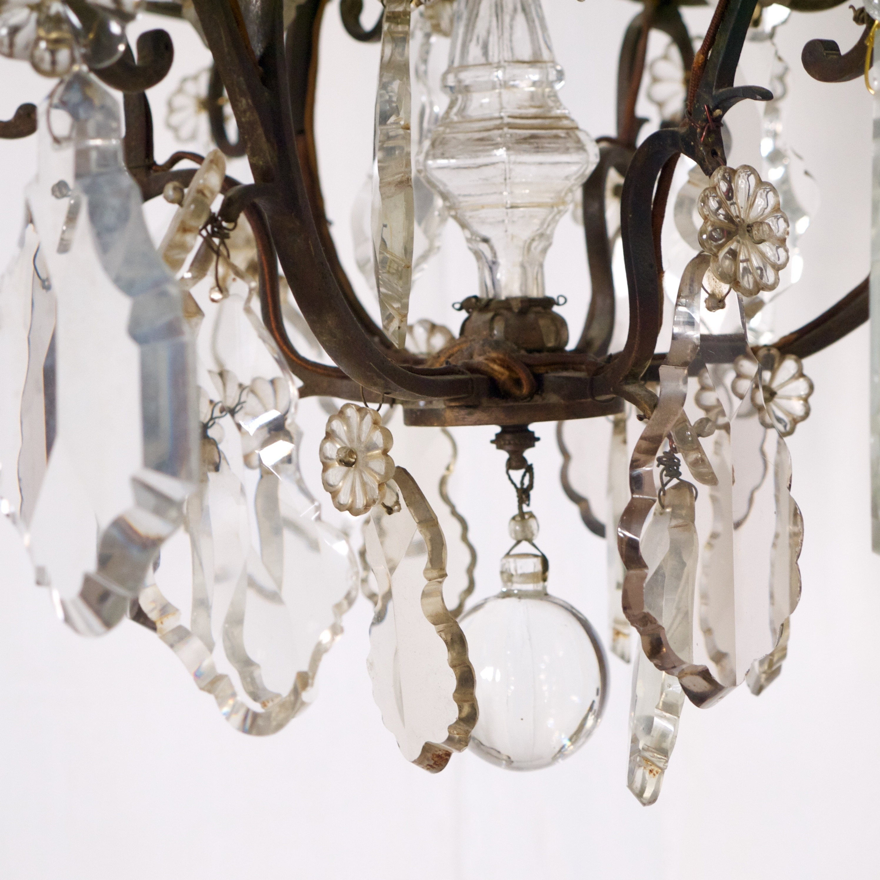 Omero Home With French Bronze Chandelier (View 9 of 20)