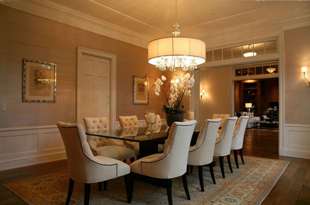 Oversized Chandeliers Regarding Preferred Contemporary Dining Room Design With Round Oversized Chandeliers (View 14 of 20)
