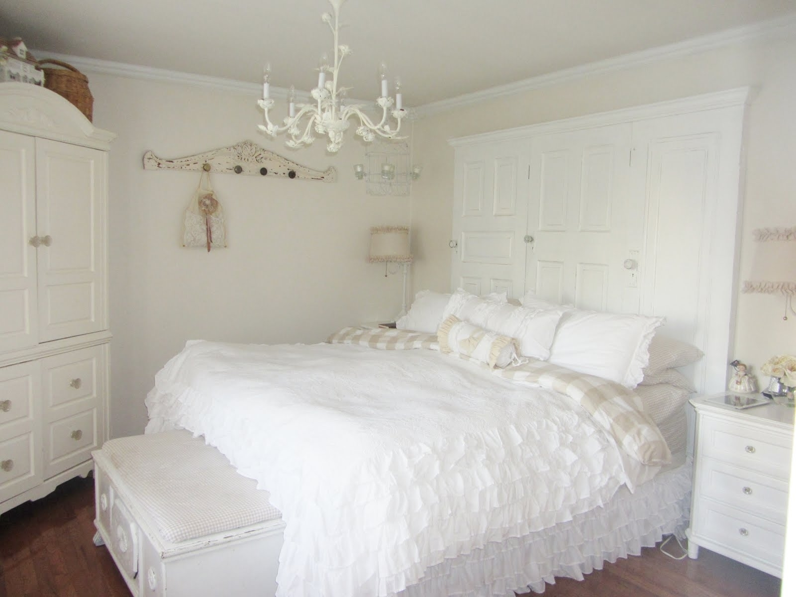 Popular Chandeliers In The Bedroom Intended For Best Bedroom Chandelier For Small Room In White Color Above Large (View 17 of 20)