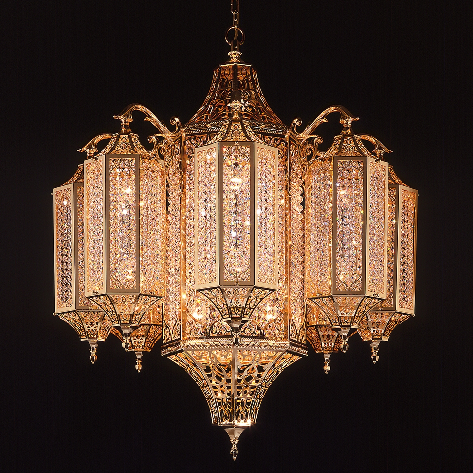 Popular Expensive Chandeliers Intended For Light : Luxuryndeliers Expensivendeliersluxury Crystal Brands And (View 16 of 20)