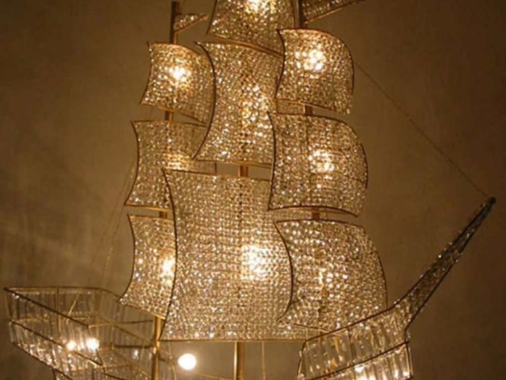 Popular Modern Chandelier : Awesome Modern Crystal Chandelier Stylish Large For Cream Crystal Chandelier (View 15 of 20)