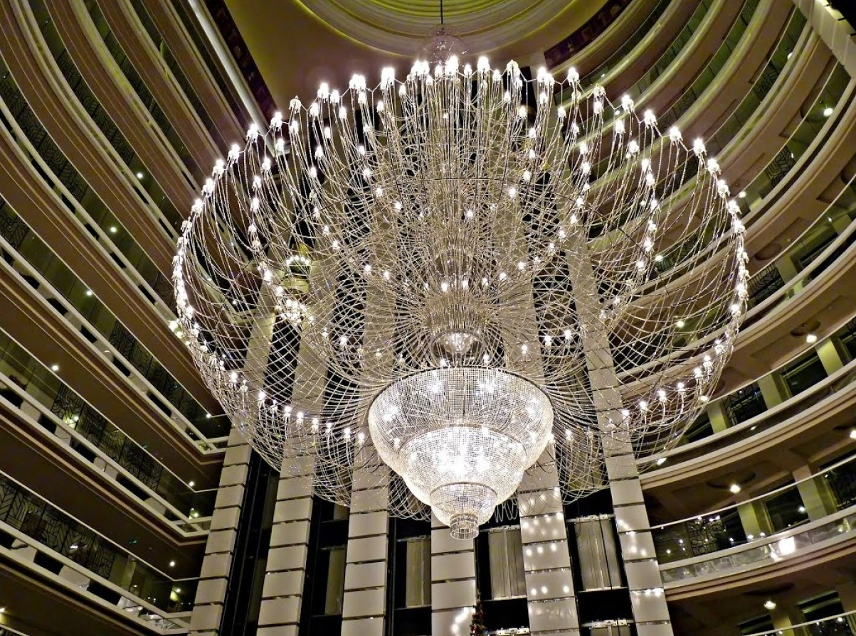 Preferred Chandeliers Design : Marvelous Extra Large Crystal Chandeliers Throughout Huge Crystal Chandeliers (View 16 of 20)