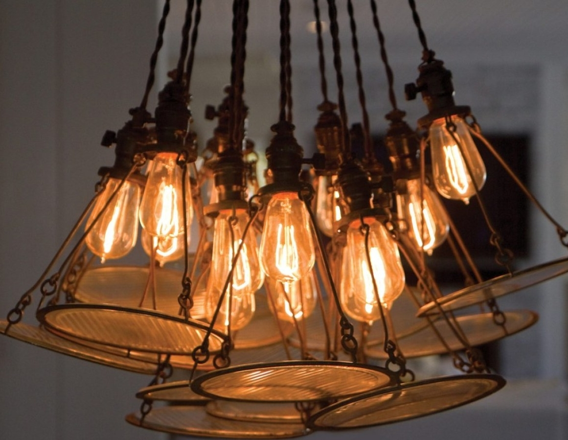 Remote Controlled Chandelier Throughout Fashionable Chandelier : Awesome Remote Controlled Chandelier Rustic Chandeliers (View 18 of 20)