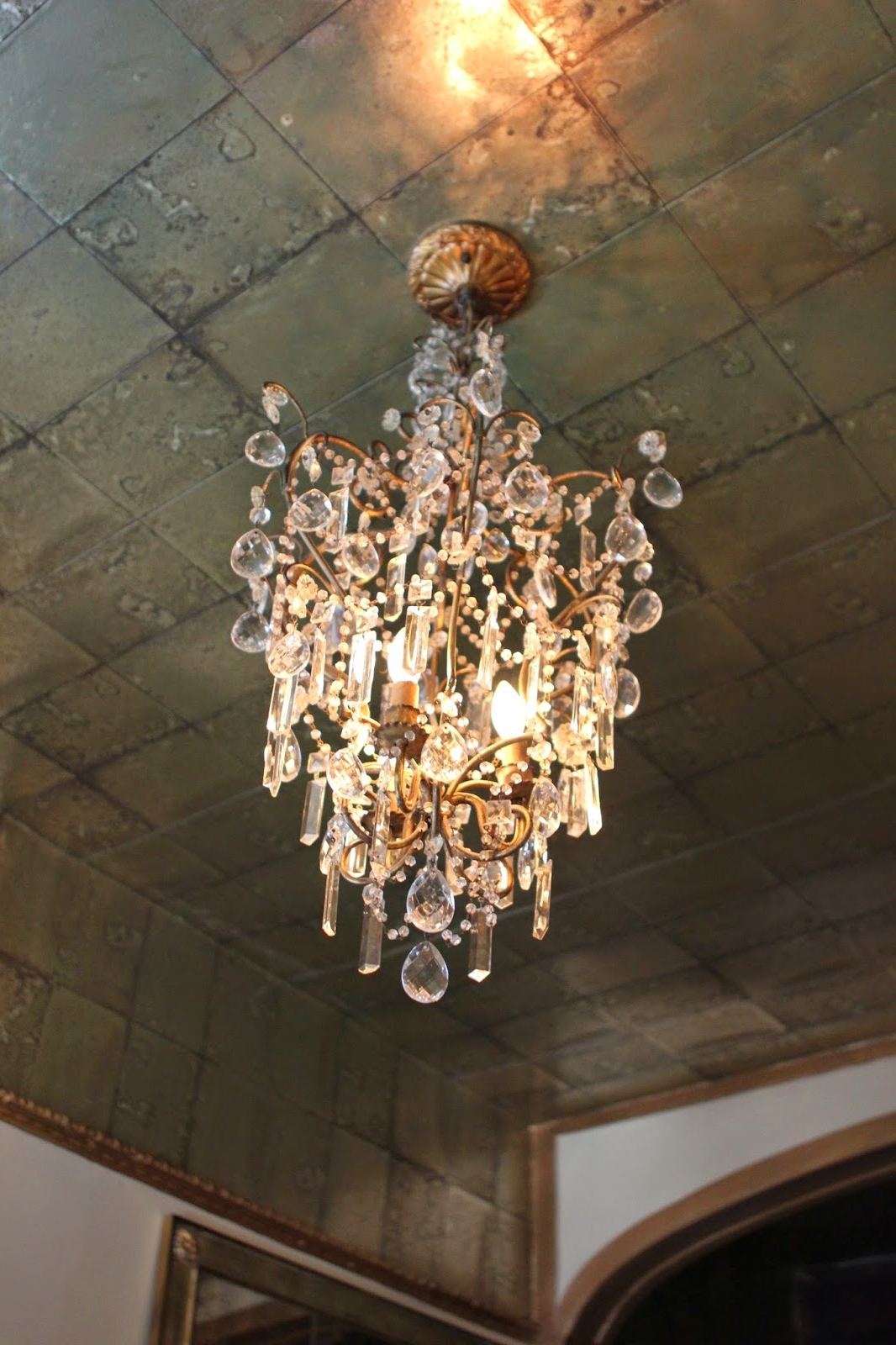 "Trendy Romancing The Home: Faux ""mirror Tile Ceiling Regarding Antique Mirror Chandelier (View 18 of 20)"
