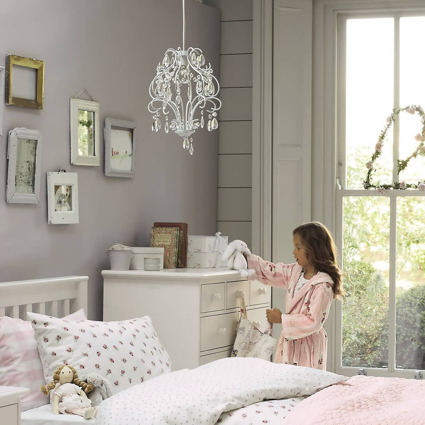 Well Known Kids Bedroom Chandeliers With Regard To Chandelier : Kids Ceiling Lights Chandelier Lights Contemporary (View 19 of 20)