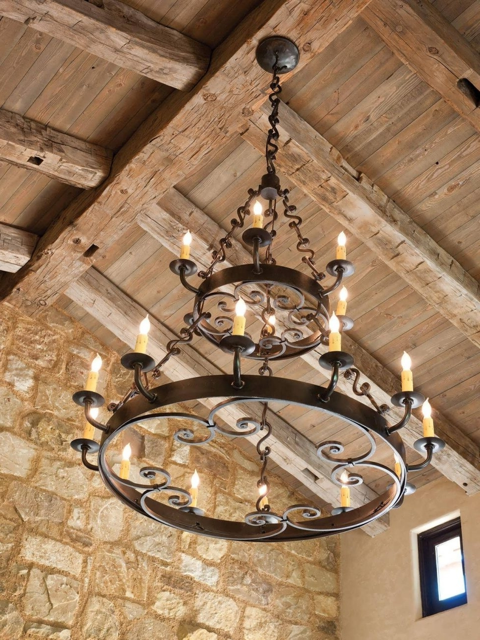 Widely Used Large Iron Chandeliers Pertaining To Chandeliers Design : Wonderful Rustic Dining Room Light Fixtures (View 10 of 20)