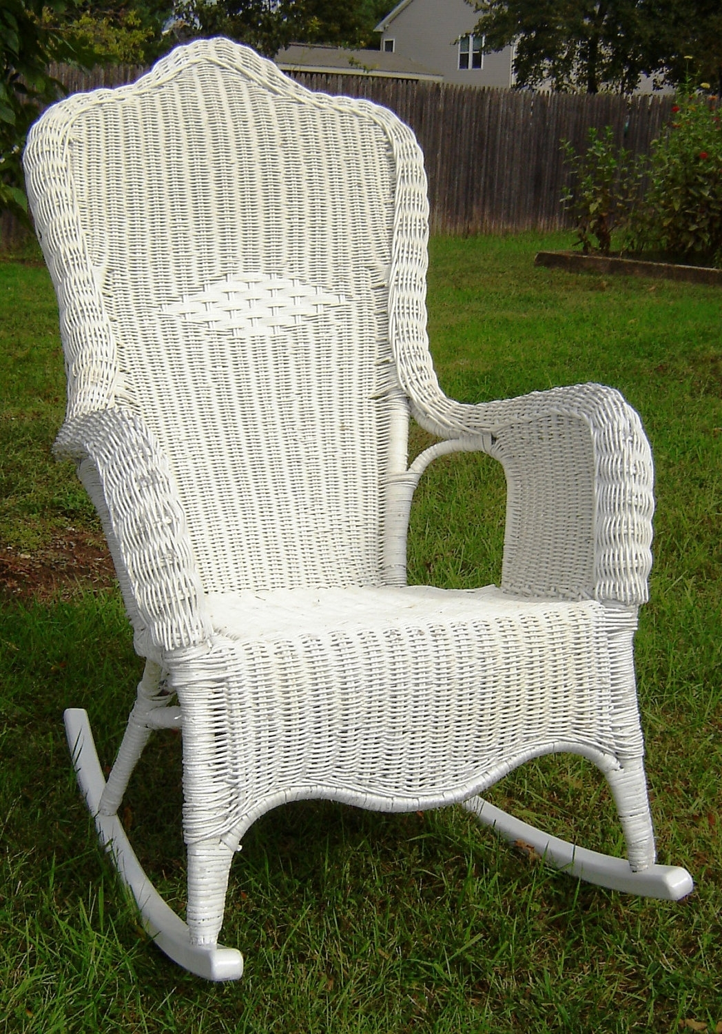55 White Wicker Rocking Chair, White Wicker Rocking Chair Inside 2018 White Wicker Rocking Chair For Nursery (View 4 of 20)