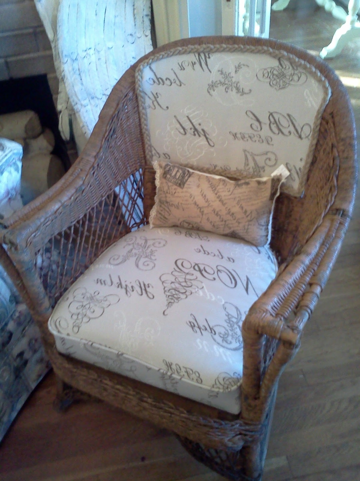 Antique Wicker Rocking Chair With Springs (View 2 of 20)