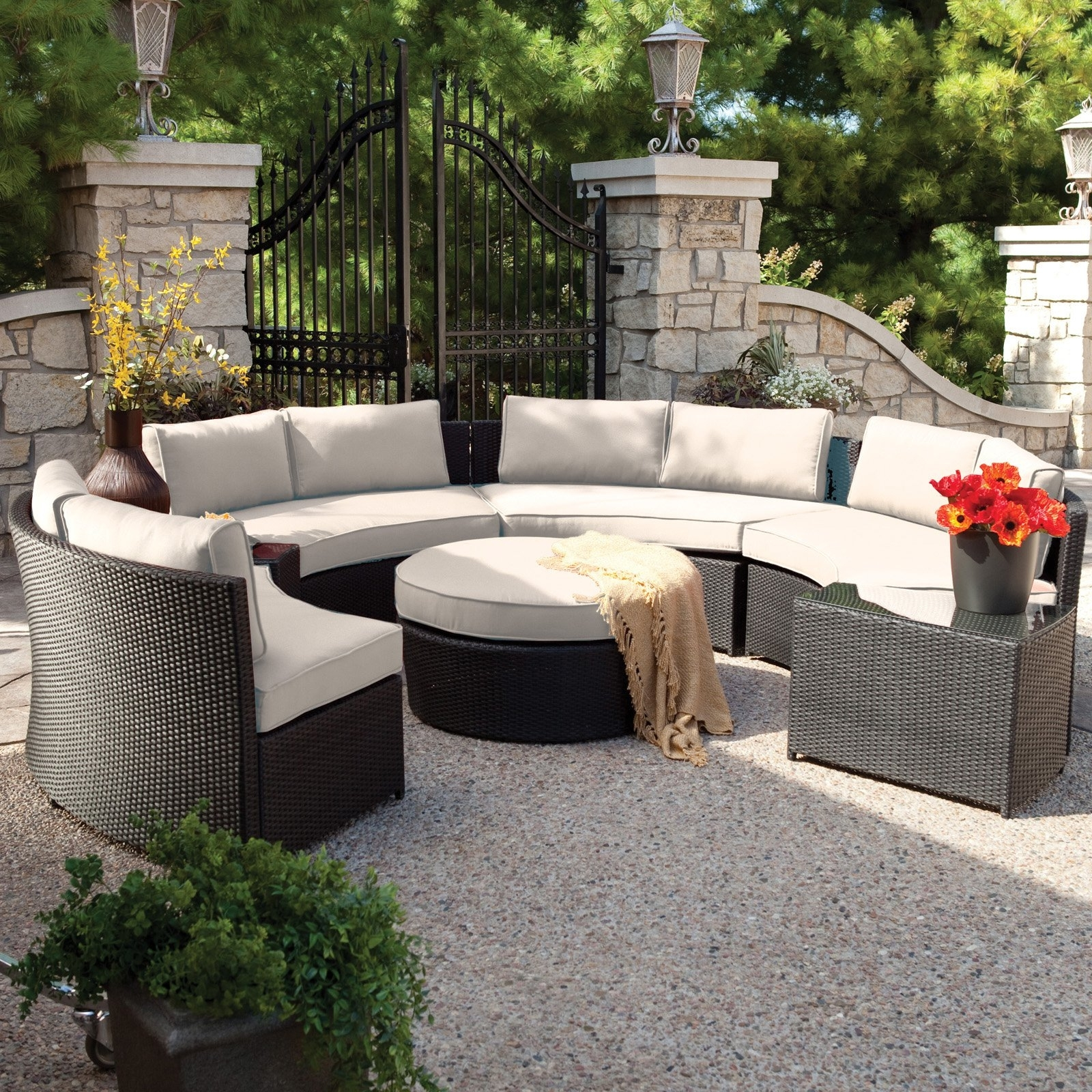 Belham Living Meridian Round Outdoor Wicker Patio Furniture Set With Within Most Up To Date Patio Conversation Sets With Sunbrella Cushions (View 3 of 20)