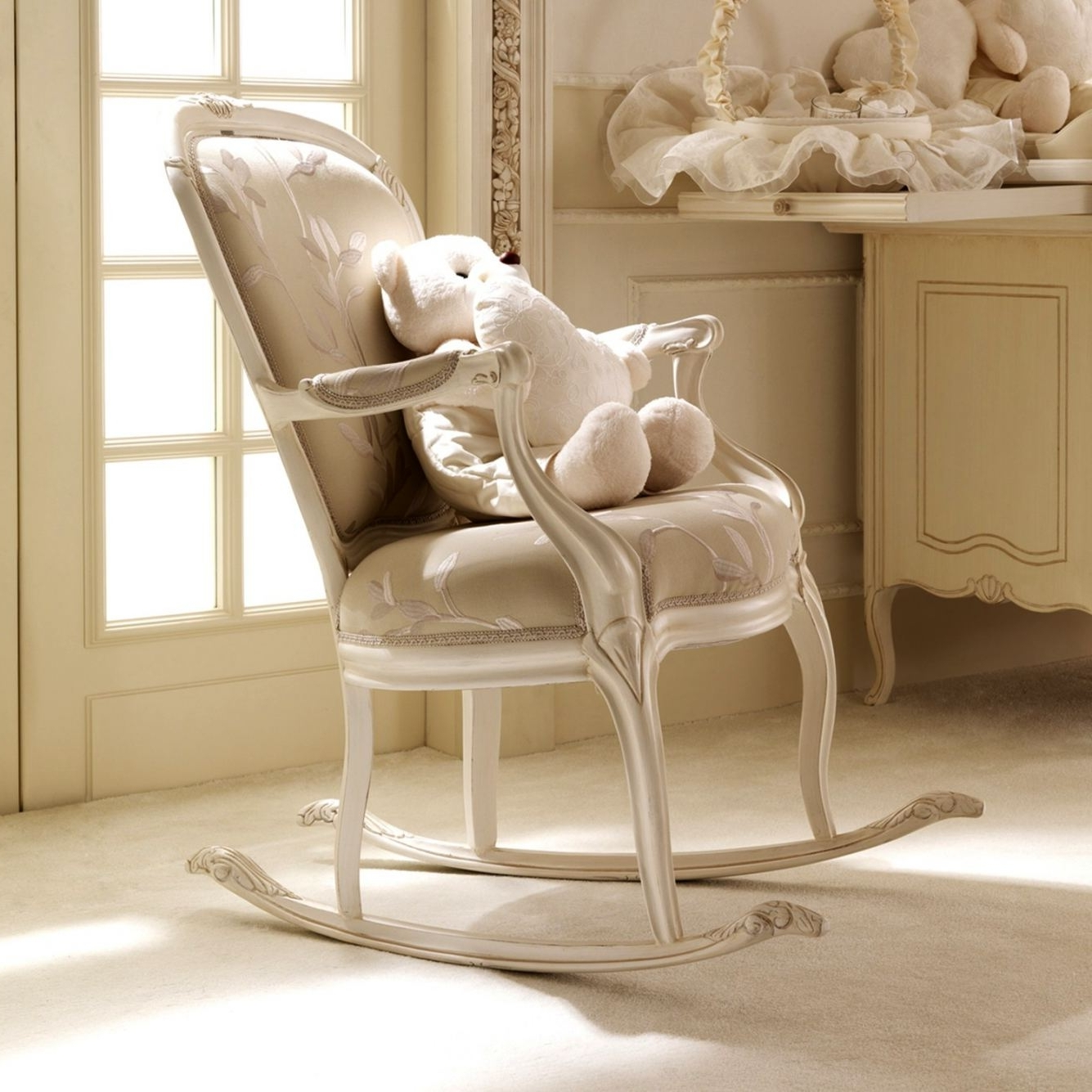 Best And Newest Rocking Chairs For Baby Room In Rocking Chair Nursery Rocking Chair For Corner Of Living Room (nice (View 7 of 20)