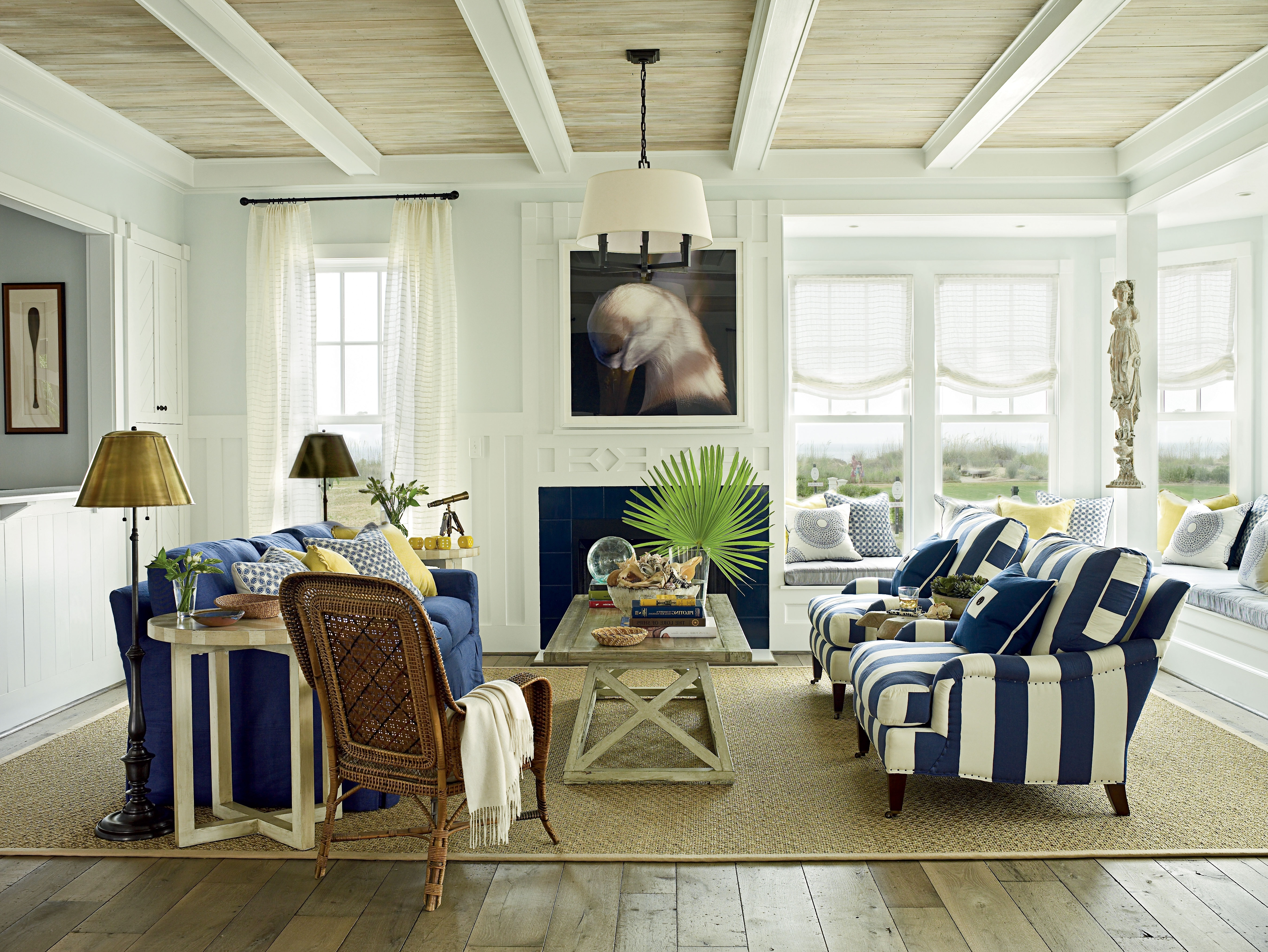 Coastal Living Room Table Lamps With Widely Used Coastal Living Room Design (View 7 of 20)