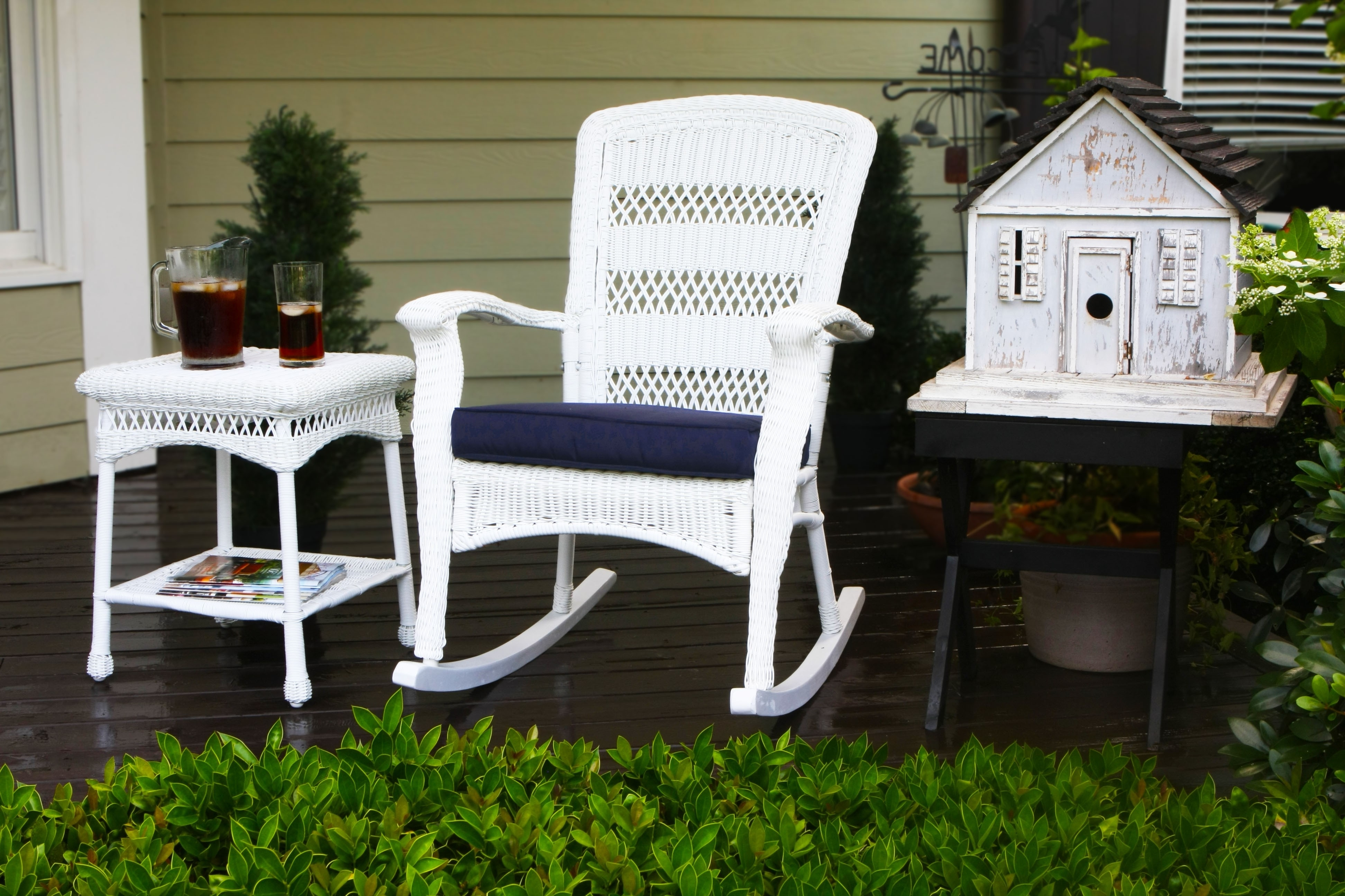 Enjoying The Right Kind Of Porch Rocking Chairs In Your Home In Latest White Wicker Rocking Chair For Nursery (View 4 of 20)