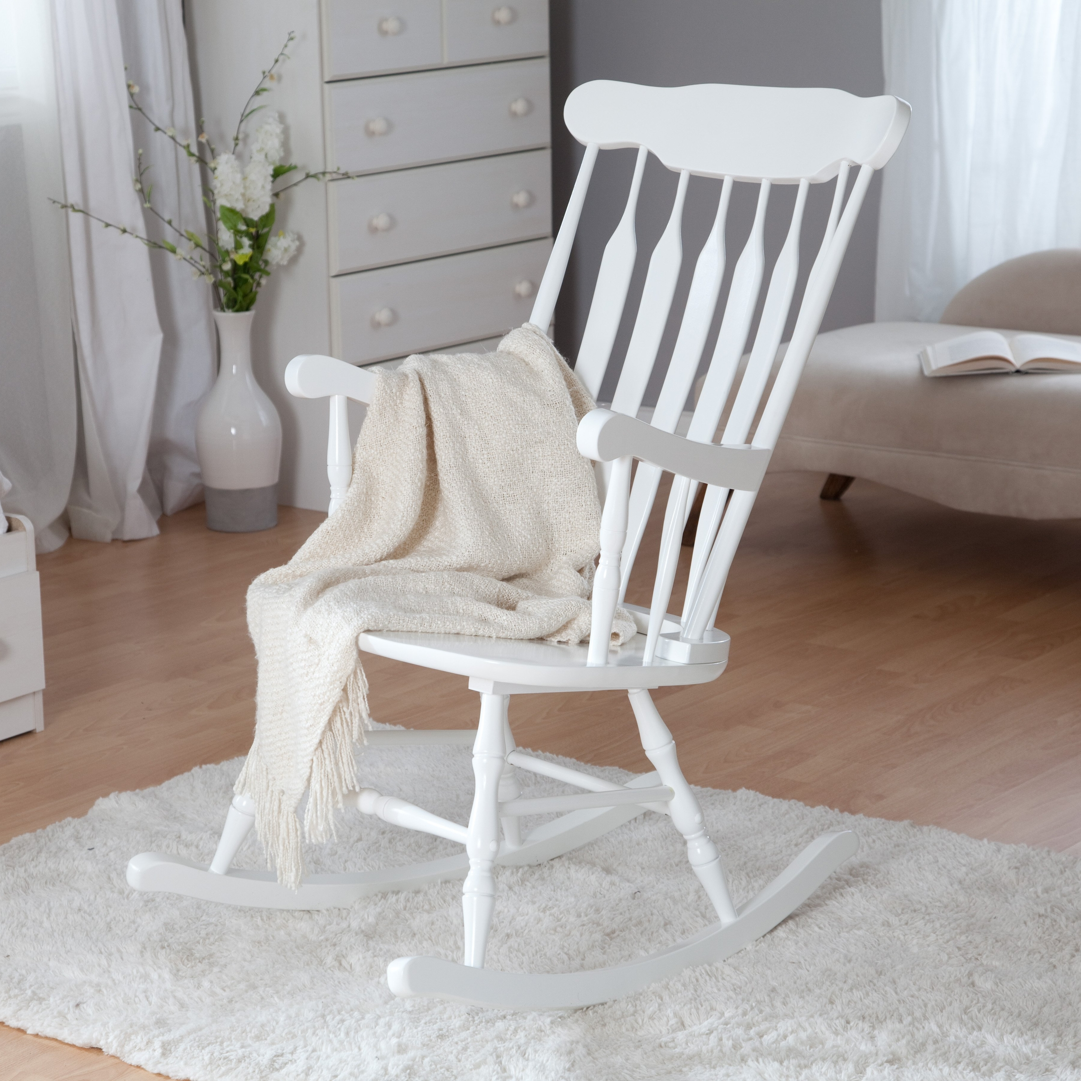Famous Perfect Nursery Rocking Chair Cushions With Resolution Lazy Boy Type Inside White Wicker Rocking Chair For Nursery (View 11 of 20)