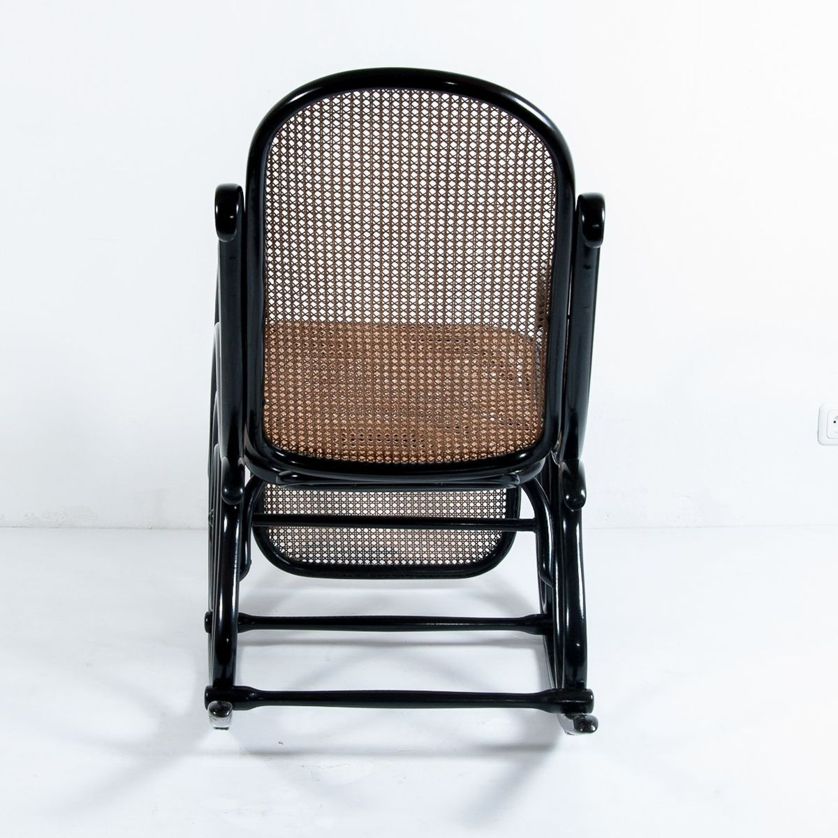 Famous Rocking Chairs With Footrest Within Antique No (View 3 of 20)