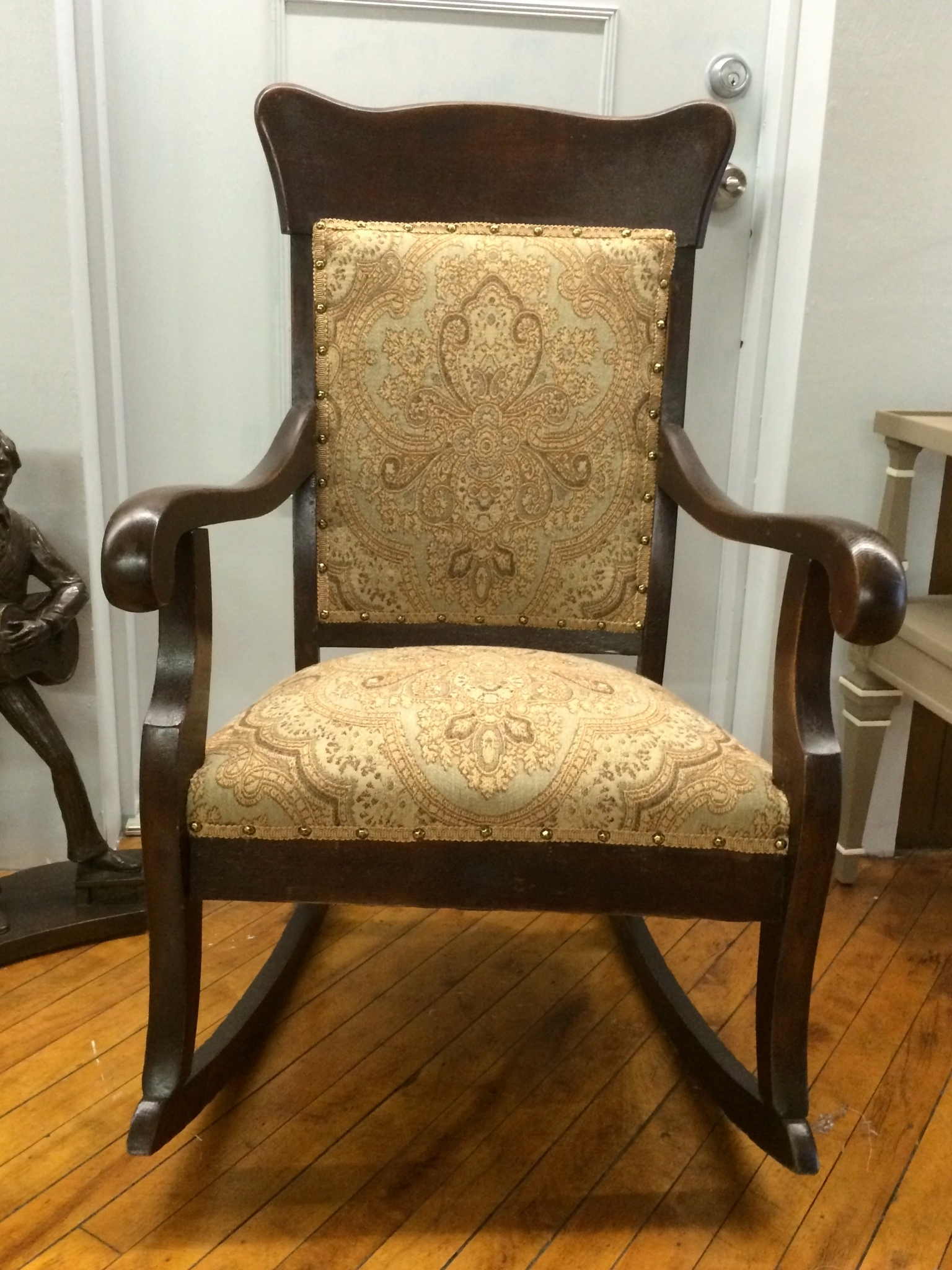 Fashionable Antique Wicker Rocking Chairs With Springs Inside Picture 4 Of 30 – Cane Rocking Chair New Antique Wicker Rocking (View 11 of 20)