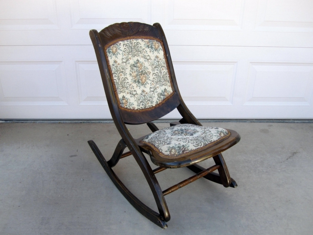 Fashionable Rocking Chairs With Springs In Chairs : Antique Rocking Chairs Values Saonaart Within The Most (View 12 of 20)