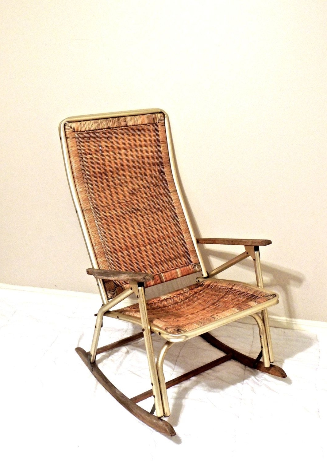 Fashionable Vintage Wicker Rocking Chairs For Vintage Wicker Rocking Chair – 1950s 60s Mid Century Gold/wicker (View 9 of 20)