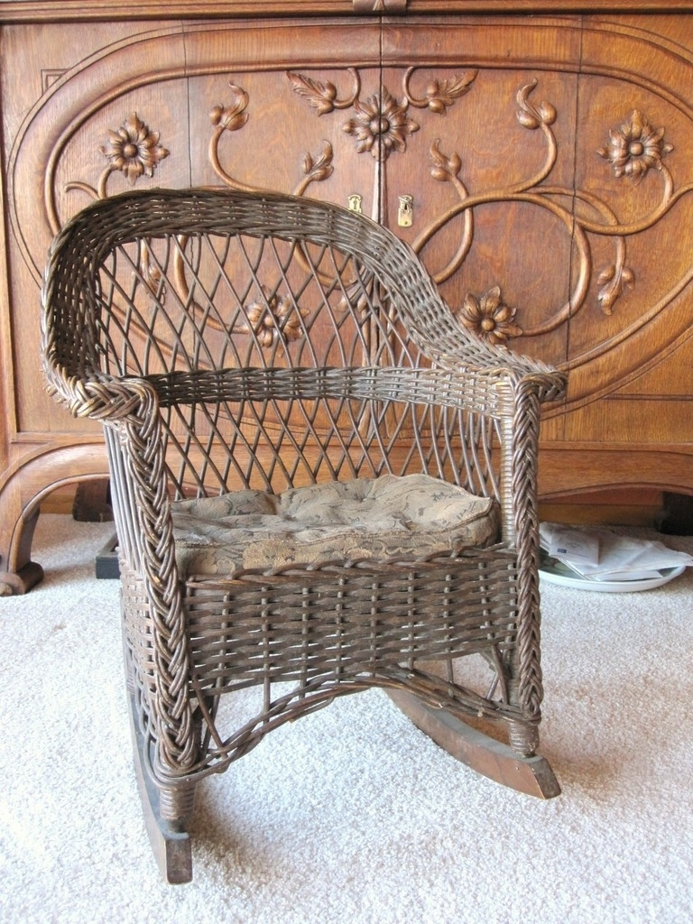 Furniture Wonderful Heywood Brothers Wakefield Company Labels Regarding Fashionable Antique Wicker Rocking Chairs With Springs (View 12 of 20)