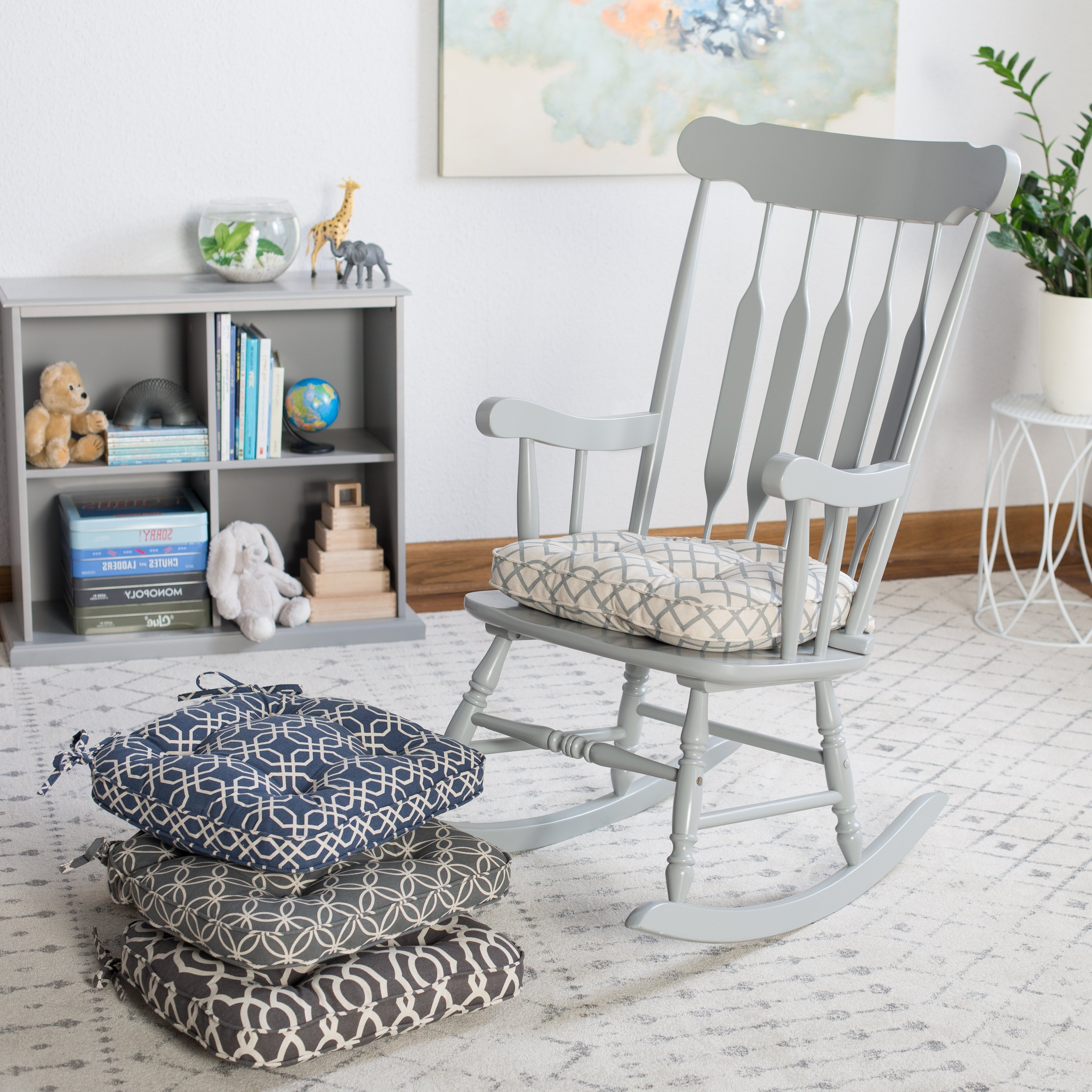 Featured Photo of Rocking Chairs For Living Room