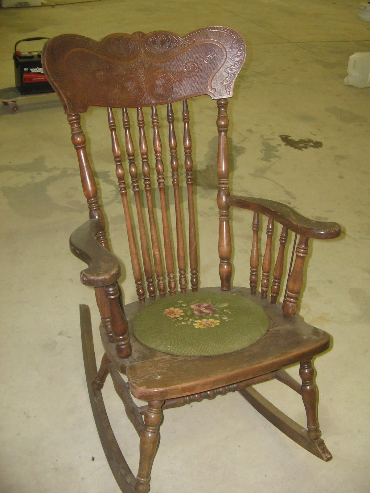 Ideas Antique Rocking Chairs — Weekly Geek Design : Antique Rocking In Current Antique Rocking Chairs (View 12 of 20)