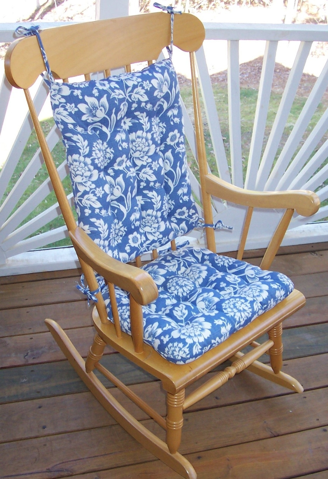 Latest Outdoor Rocking Chair Cushions Pattern : Beautiful Outdoor Rocking With Rocking Chair Cushions For Outdoor (View 9 of 20)