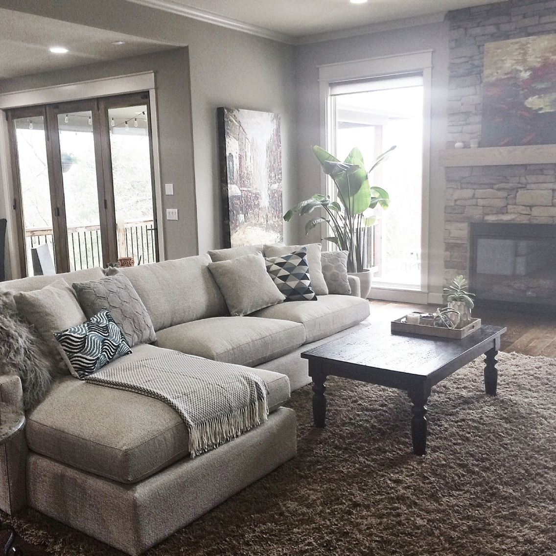 Latest Pottery Barn Table Lamps For Living Room With Regard To Engaging Pottery Barn Living Room Paint Ideas Images Furniture (View 16 of 20)