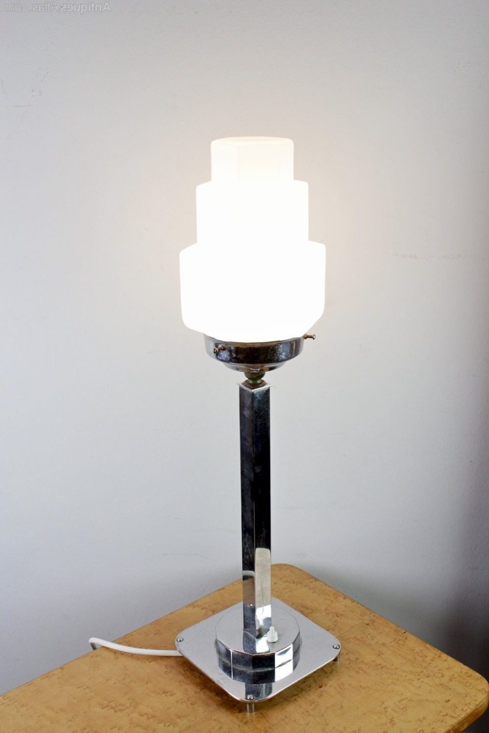 Livingroom : Antique Art Deco Table Lamps — Design The Categories Of Within 2019 Table Lamps For Living Room At Ebay (View 8 of 20)