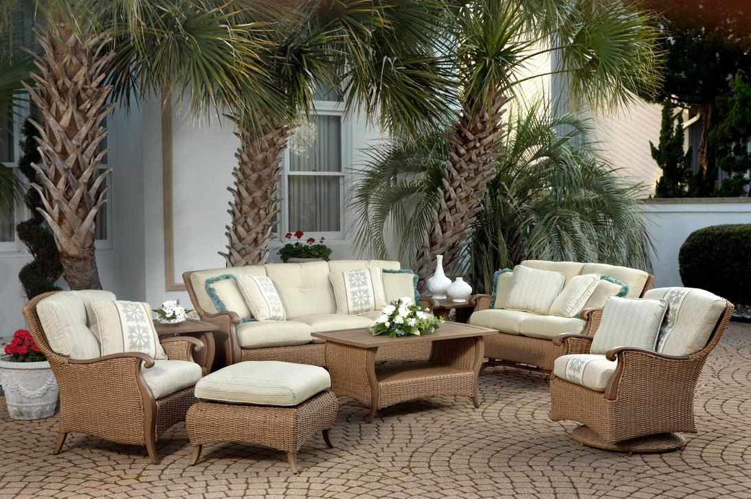 Luxury Wicker Patio Furniture : Sathoud Decors – Repaint Wicker Inside Preferred Nfm Patio Conversation Sets (View 16 of 20)
