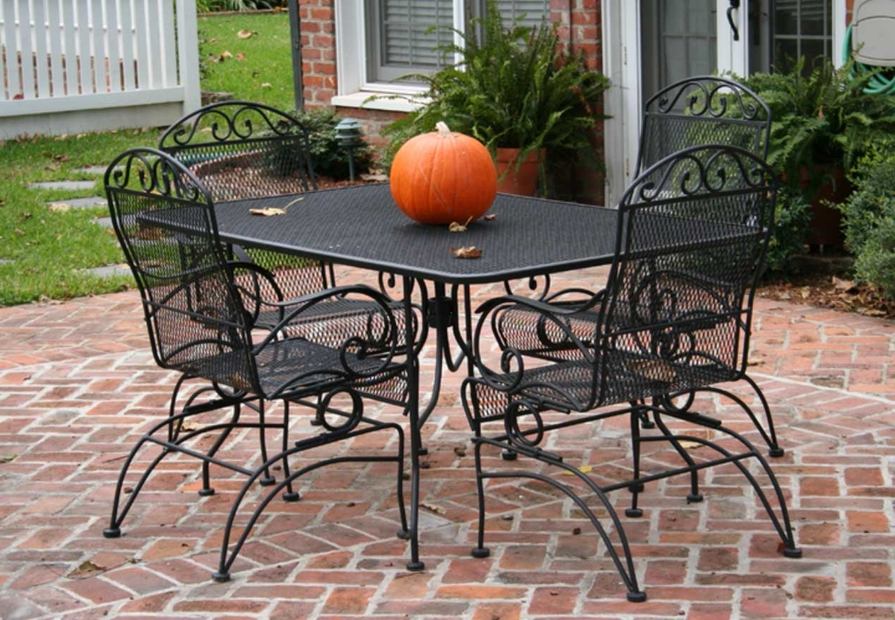 Metal Patio Conversation Sets Throughout Favorite Patio Table: Vintage Metal Patio Table (View 11 of 20)