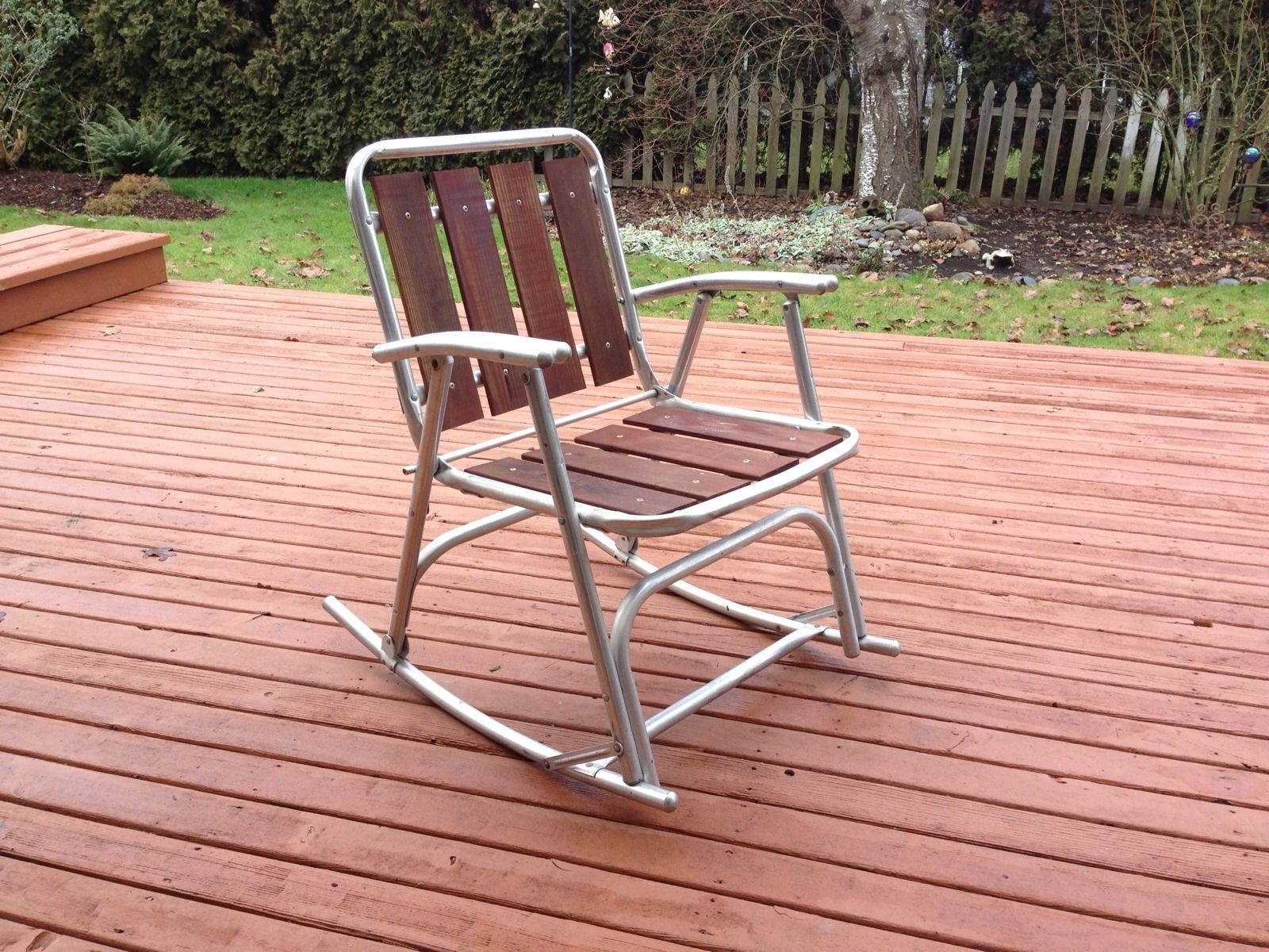 Most Recent Aluminum Patio Rocking Chairs Regarding 1 Vtg Redwood Aluminum Outdoor Patio Porch Lawn Rocking Chairs (View 11 of 20)