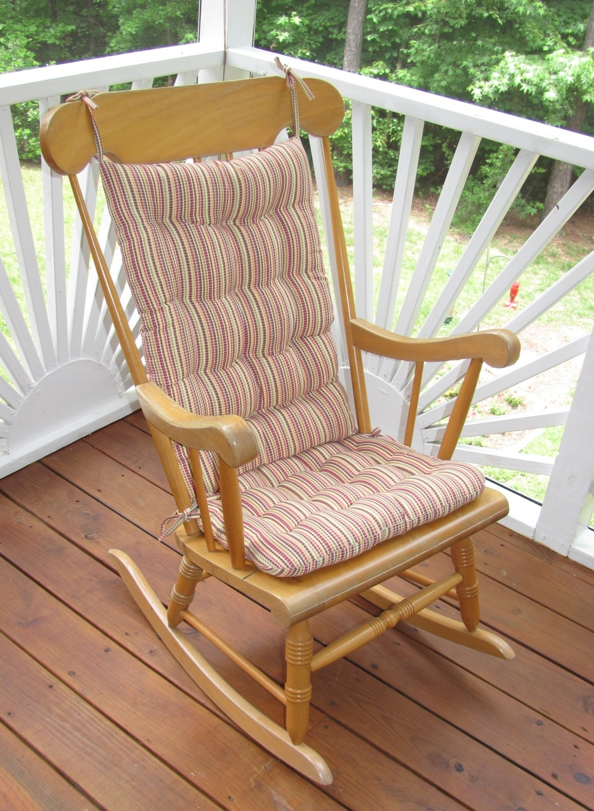 Outdoor Rocking Chairs With Cushions Inside Best And Newest Outdoor Rocking Chair Cushions Type : Beautiful Outdoor Rocking (View 12 of 20)