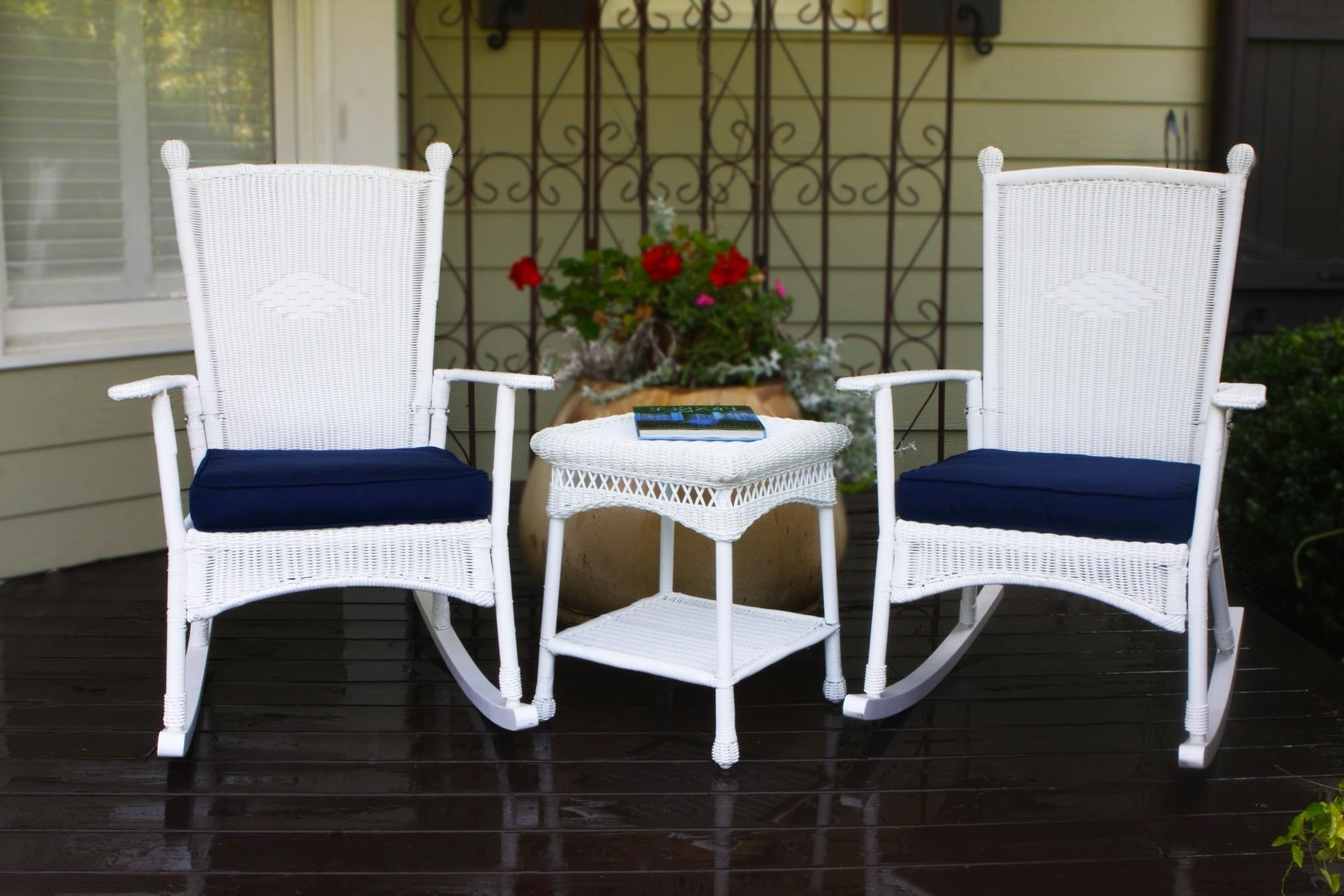 Preferred White Wicker Rocking Chairs Pertaining To Childs White Wicker Rocking Chair (View 13 of 20)