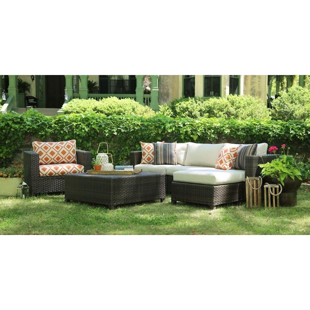 Sunbrella Patio Conversation Sets Intended For 2019 Ae Outdoor Biscayne 4 Piece Patio Deep Seating Set With Sunbrella (View 9 of 20)