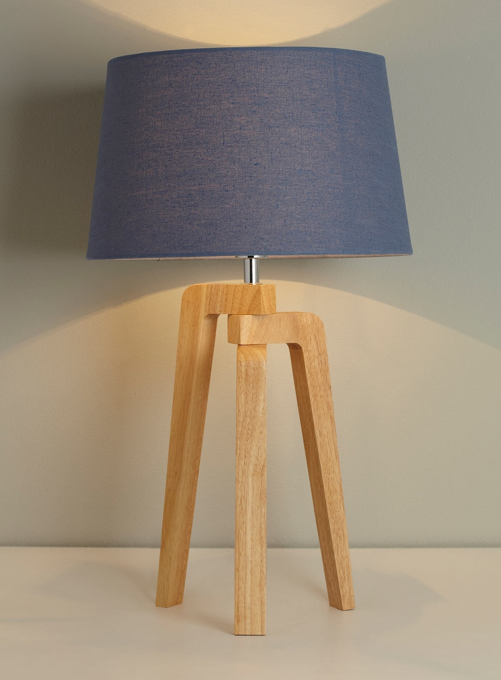 The Incredible And Lovely Unique Blue And White Table Lamp With Inside Best And Newest Blue Living Room Table Lamps (View 15 of 20)
